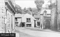 Bank Square c.1955, Tideswell
