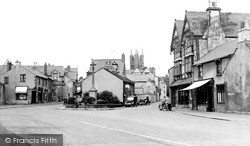 Entrance To Church Street And Queen Street c.1950, Tideswell