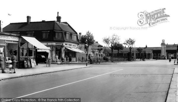 Photo of Tilbury, Civic Square c.1960