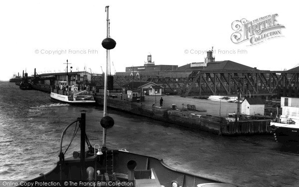 Photo of Tilbury, Ferry c1960