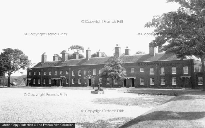 Photo of Tilbury, Officers Quarters c.1960