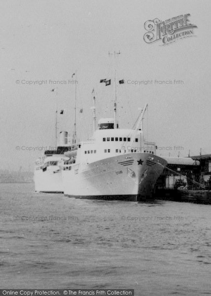 Photo of Tilbury, Riverside Ships c.1960