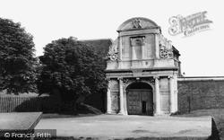 Tilbury, The Entrance c.1960