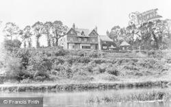 Tilehurst, The Roebuck Inn c.1900