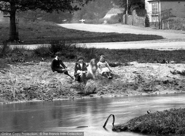 Photo of Tilford, Children By The River Wey 1923
