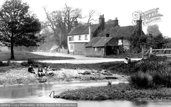 Photo of Tilford, The Barley Mow 1923