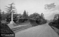 The War Memorial 1923, Tilford
