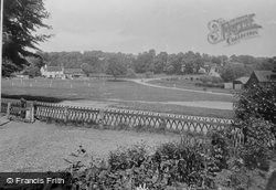 Village 1936, Tilford