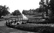 Tilford, West Bridge 1936