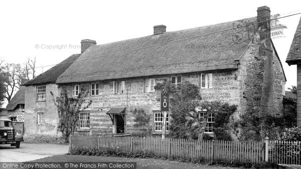 Photo of Tilshead, the Rose and Crown c1955