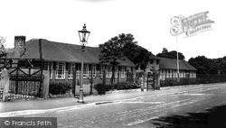 Timperley, Park Road Primary School c.1960