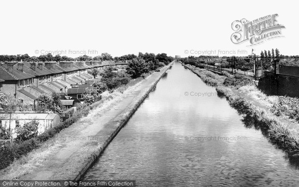 Timperley, the Canal c1960