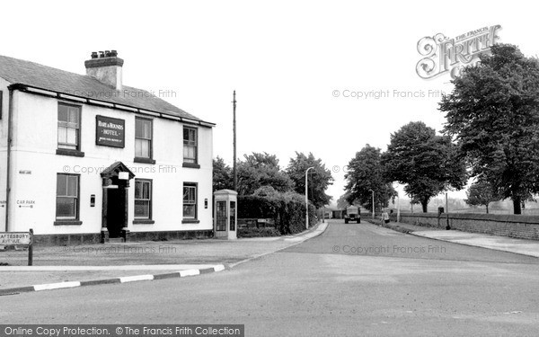 Photo of Timperley, the Hare and Hounds c1955