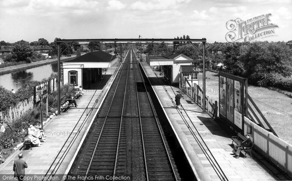 Timperley, the Station c1960