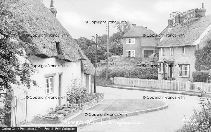Photo of Tingewick, Village c.1950
