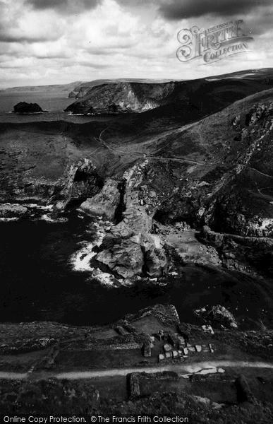 Photo of Tintagel, Barras Head c.1960