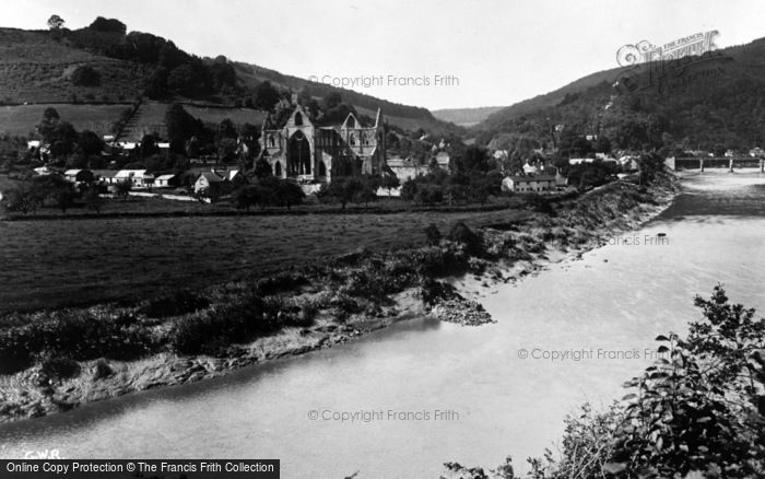 Photo of Tintern, Abbey c.1935