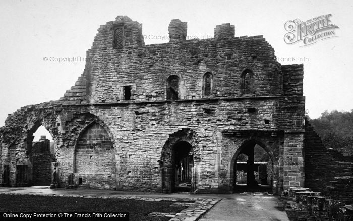 Photo of Tintern, Abbey, Cloister Court Looking North 1924