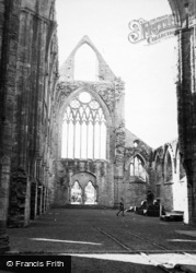 Tintern, Abbey, The Nave And West Window c.1950