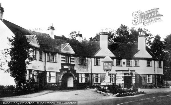 Photo of Tintern, Wye Valley Hotel c.1935