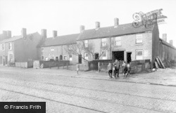 Tipton, Dudley Post c.1930