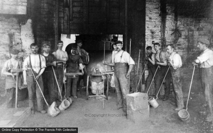 Photo of Tipton, Workmen, Charles Lathe & Co Foundry c.1910