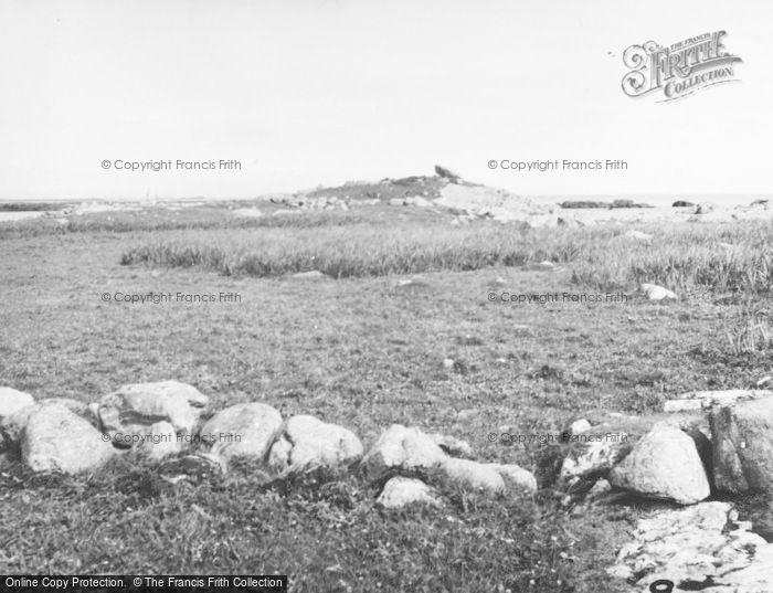 Photo of Tiree, Dun Sgibinis 1957