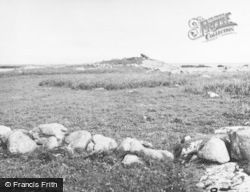 Tiree, Dun Sgibinis 1957