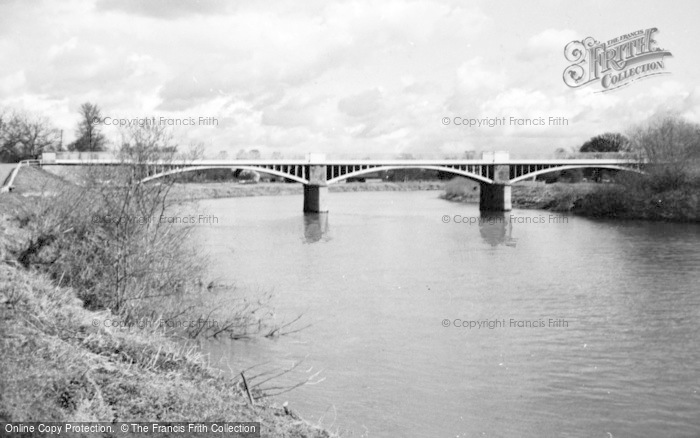 Photo of Tirley, Haw Bridge c.1950