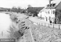 Tirley, View From The Bridge And The Haw Bridge Inn c.1950