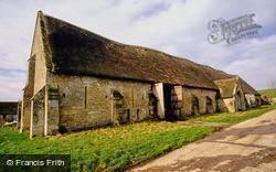 Place Farm, Thatched Tithe Barn c.1995, Tisbury