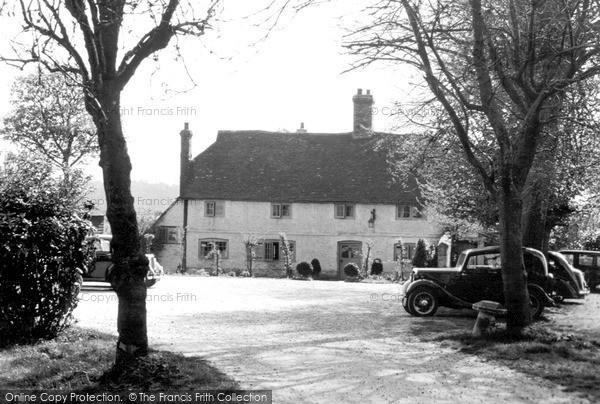 Photo of Titsey, Botley Hill Farmhouse c.1950