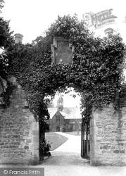 Tiverton, Blundell's Old School 1903