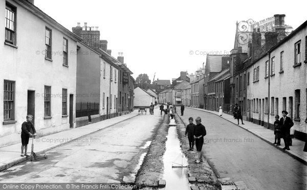 Photo of Tiverton, Castle Street 1920