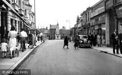 Tiverton, Gold Street c.1950
