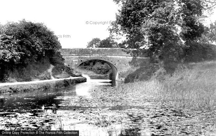 Photo of Tiverton, On The Canal 1903