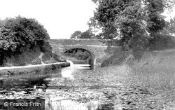 Tiverton, On The Canal 1903