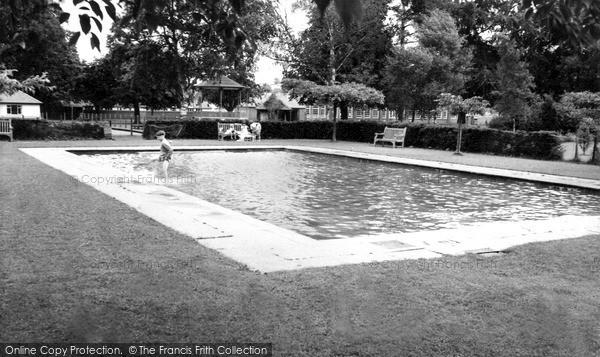Photo of Tiverton, The Paddling Pool c.1960