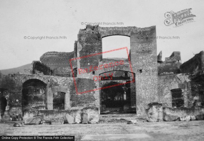 Photo of Tivoli, Hadrian's Villa, Edifficio Con Tre Esedre c.1930