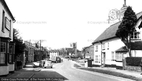 Photo of Toddington, High Street c1955