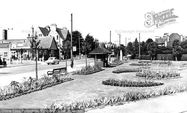 Photo of Tolworth, Red Lion Gardens c.1960