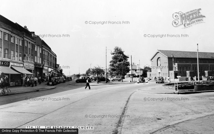Photo of Tolworth, The Broadway c.1960