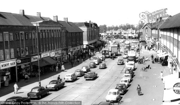 Photo of Tolworth, The Broadway c.1965