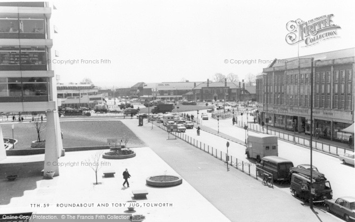 Photo of Tolworth, The Roundabout And Toby Jug c.1965