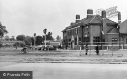 The Toby Jug c.1950, Tolworth