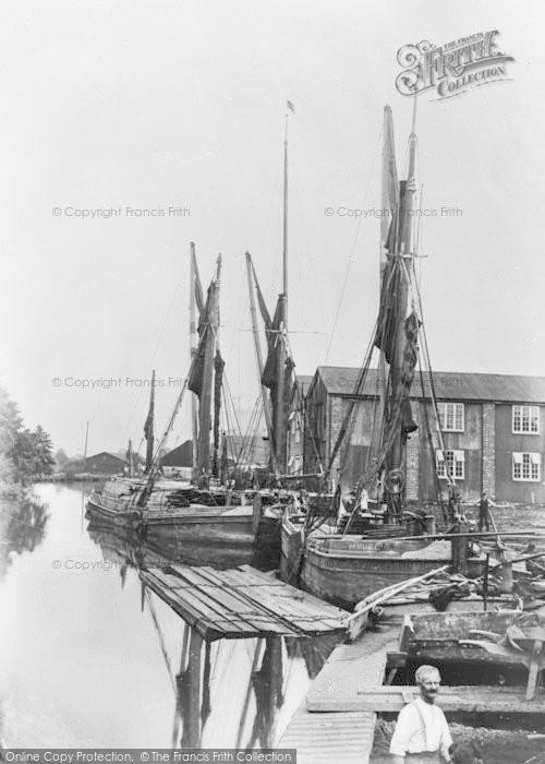 Photo of Tonbridge, Medway Wharf, Barges c.1900