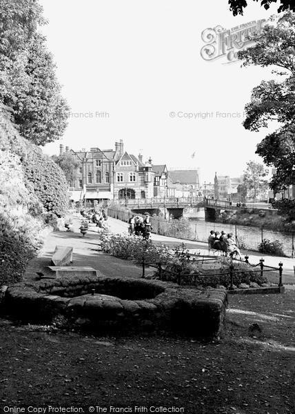 Photo of Tonbridge, Riverside Gardens 1948