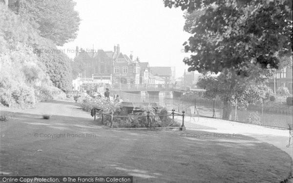 Photo of Tonbridge, Riverside Walk 1951