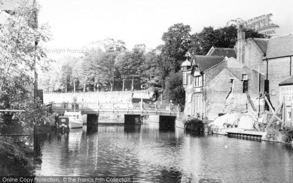 Photo of Tonbridge, The Bridge c.1960