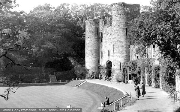 Photo of Tonbridge, the Castle 1951